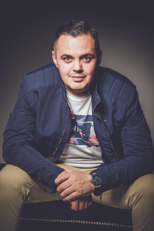 DJ ESCO EQUIPMENT